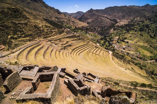 matthew-williams-ellis-pisac-inca-ruins-sacred-valley-of-the-incas-urubamba-valley-near-cusco-peru-south-america