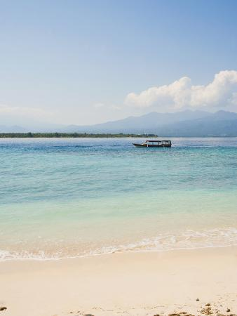 matthew-williams-ellis-traditional-indonesian-boat-gili-meno-gili-islands-indonesia-southeast-asia-asia