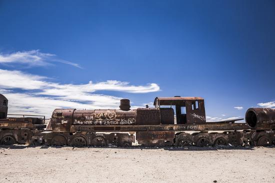 matthew-williams-ellis-train-cemetery-train-graveyard-uyuni-bolivia-south-america