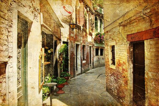 maugli-l-venetian-streets-artwork-in-painting-style