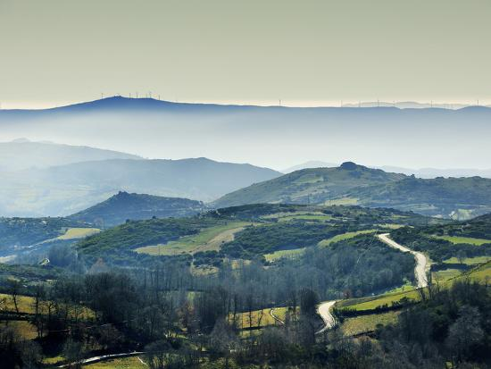 mauricio-abreu-mountains-in-the-mist-alturas-do-barroso-tras-os-montes-portugal