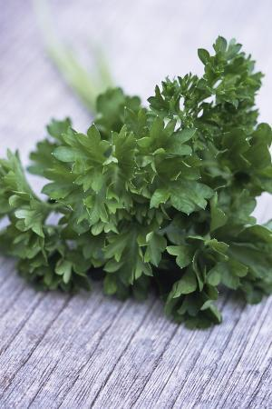 maxine-adcock-bunch-of-parsley