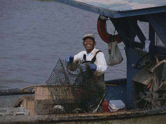 medford-taylor-smiling-fisherman-on-a-crab-boat