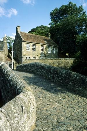 medieval-bridge-ceres-fife-scotland