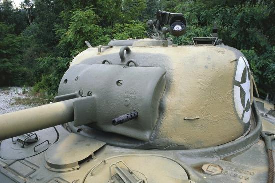 medium-tank-m4-sherman-1943