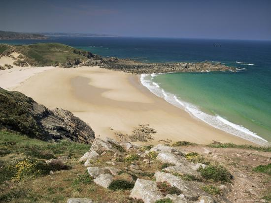 michael-busselle-beach-near-cap-frehel-emerald-coast-brittany-france