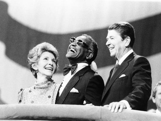 michael-cheers-ray-charles-ronald-reagan-nancy-reagan-1984