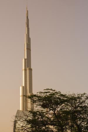 michael-defreitas-burj-khalifa-the-tallest-building-in-the-world-downtown-dubai-uae