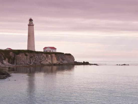 michael-defreitas-cap-des-rosiers-lighthouse-gaspe-quebec-canada-north-america