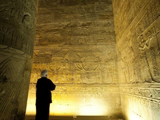 michael-defreitas-interior-temple-of-horus-edfu-egypt-north-africa-africa