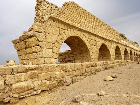 michael-defreitas-roman-ruins-in-caesarea-israel-middle-east