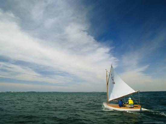 michael-melford-catboat-sails-near-beach-point-in-the-mouth-of-barnstable-harbor