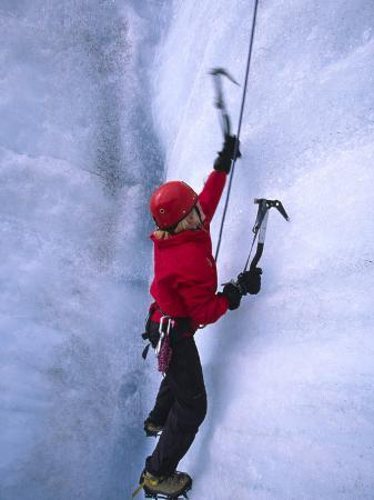 michael-melford-ice-climbing-on-root-glacier