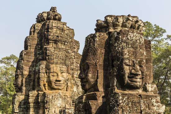 michael-nolan-four-faced-towers-in-prasat-bayon-angkor-thom-angkor-siem-reap-cambodia