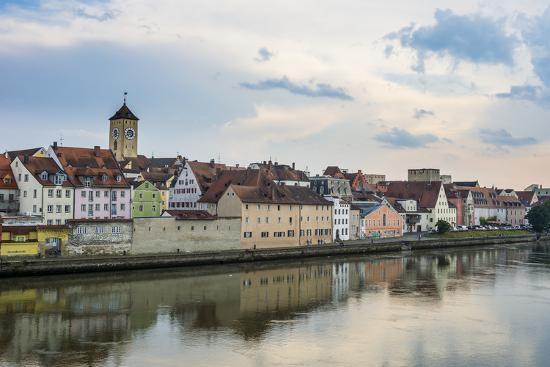 michael-runkel-danube-river-and-skyline-of-regensburg-bavaria-germany