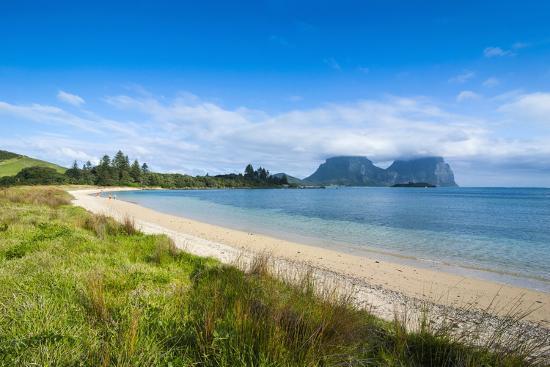 michael-runkel-deserted-beach