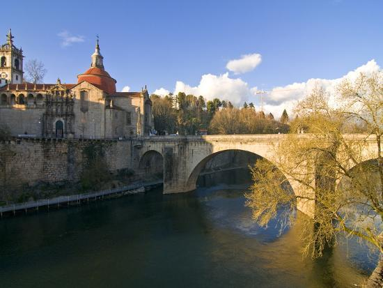 michael-runkel-old-bridge-leading-to-the-town-of-amarante-portugal-europe
