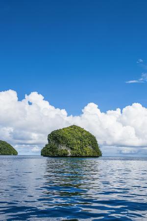 michael-runkel-rock-islands-palau-central-pacific