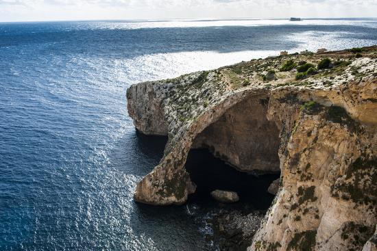 michael-runkel-the-landscape-around-the-blue-grotto-malta-mediterranean-europe