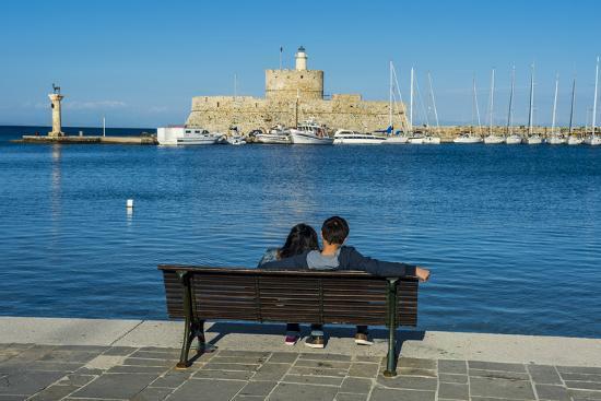 michael-runkel-the-old-agios-nikolaos-fortress-and-lighthouse-in-mandraki-harbour