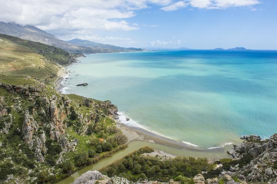 michael-runkel-view-over-preveli-beach-crete-greek-islands-greece-europe