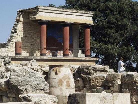 michael-short-reconstructed-palace-of-king-minos-knossos-crete-greece