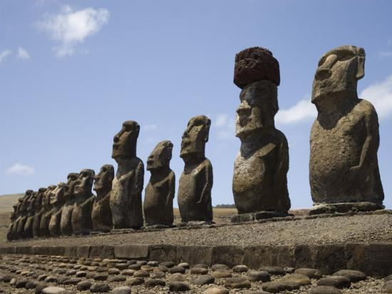 michael-snell-ahu-tongariki-unesco-world-heritage-site-easter-island-rapa-nui-chile-south-america