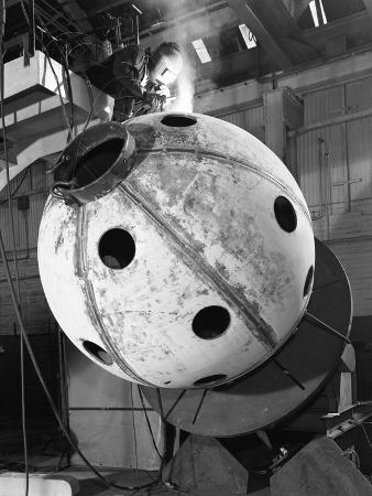 michael-walters-construction-of-deep-sea-inspection-chambers-markham-and-co-chesterfield-derbyshire-1966