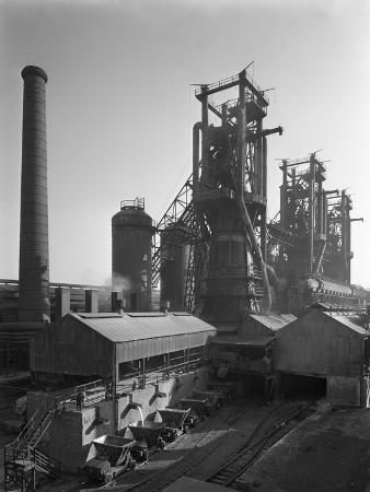 michael-walters-molten-steel-being-poured-into-rail-trucks-at-the-stanton-steelworks-ilkeston-derbyshire-1962