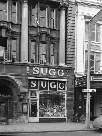 michael-walters-suggs-sports-store-paragon-street-sheffield-south-yorkshire-1967