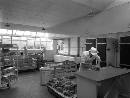 michael-walters-the-danish-bacon-company-factory-kilnhurst-south-yorkshire-1957