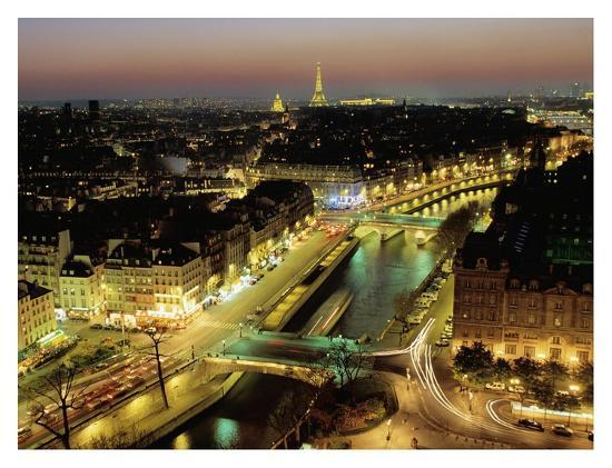 michel-setboun-overlooking-paris-at-night