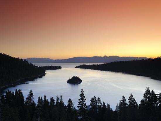 michele-falzone-california-nevada-lake-tahoe-emerald-bay-usa