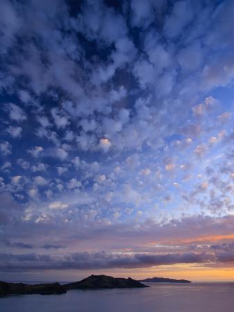 michele-falzone-view-of-northern-yasawa-island-from-matacawalevu-island-yasawa-chain-fiji