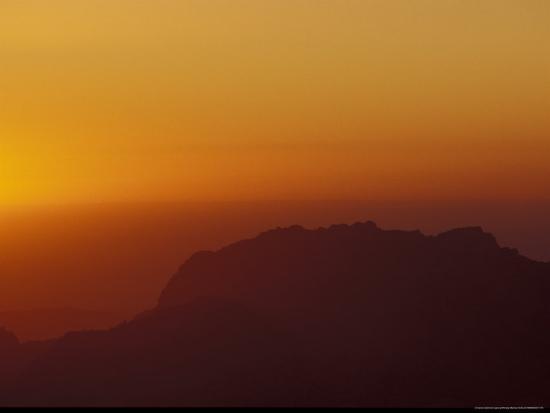 michele-molinari-sunset-on-petra-valley-jordan