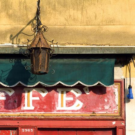 mike-burton-lamp-and-awning-outside-venice-caffe