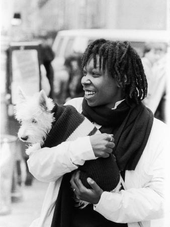 moneta-sleet-jr-comedian-whoopi-goldberg-with-her-scottish-terrier-otis