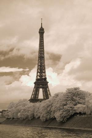 monte-nagler-eiffel-tower-6-paris-france-07