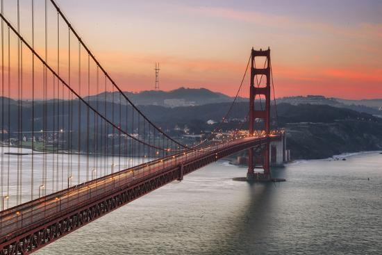 morning-sky-and-south-tower-golden-gate-bridge
