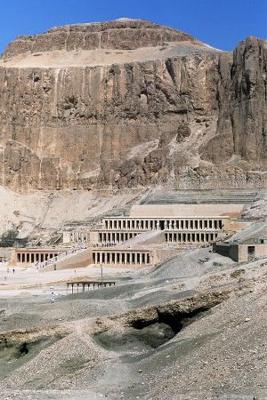 mortuary-temple-of-queen-hatshepsut-dayr-al-bahri-egypt-c1457-bc