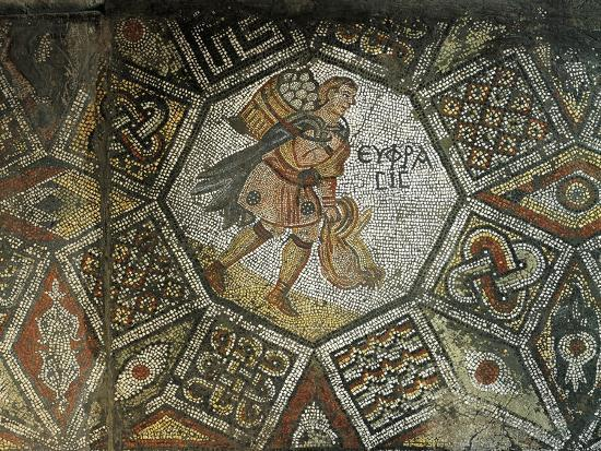 mosaic-depicting-a-farmer-with-hens-and-a-basket-of-eggs