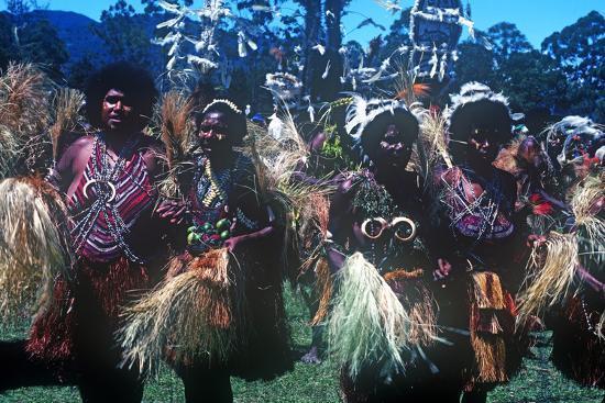 mt-hagen-highland-show-goroka-papua-new-guinea