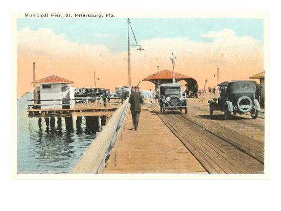 municipal-pier-st-petersburg-florida