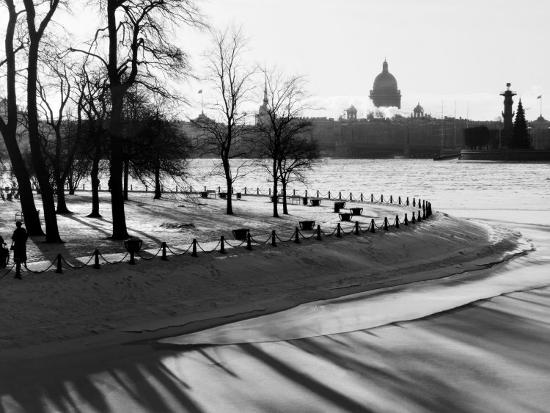 nadia-isakova-winter-saint-petersburg-russia