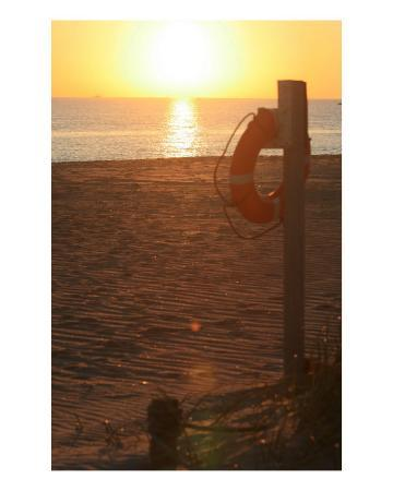 nadine-rippelmeyer-beach-at-sunset
