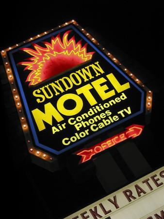 nancy-steve-ross-sundown-motel-sign-sheridan-wyoming-usa
