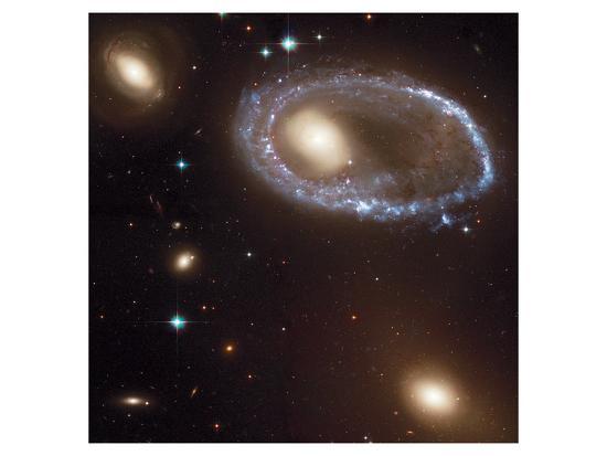 nasa-ring-galaxy-0644-741