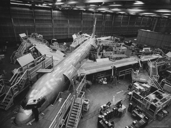 nat-farbman-boeing-s-new-707-jet-aircraft-at-the-boeing-plant