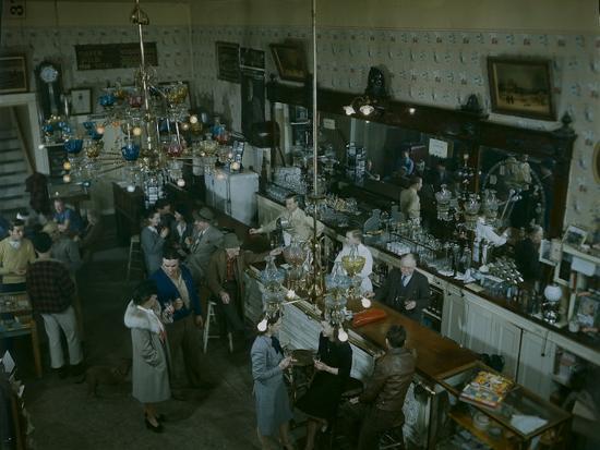 nat-farbman-crystal-bar-virginia-city-nevada-1945