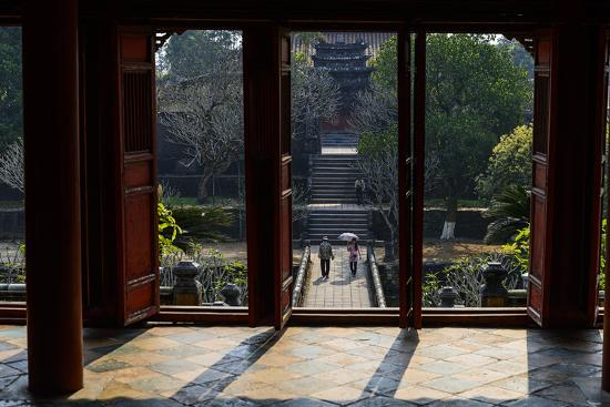 nathalie-cuvelier-tomb-of-the-emperor-minh-mang-of-nguyen-dynasty-the-light-pavillon-group-of-hue-monuments
